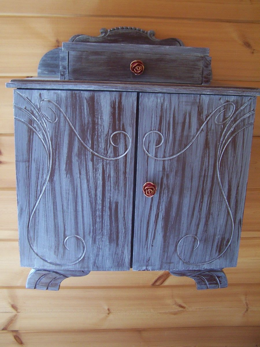 ancienne table de chevet a recycler. Black Bedroom Furniture Sets. Home Design Ideas
